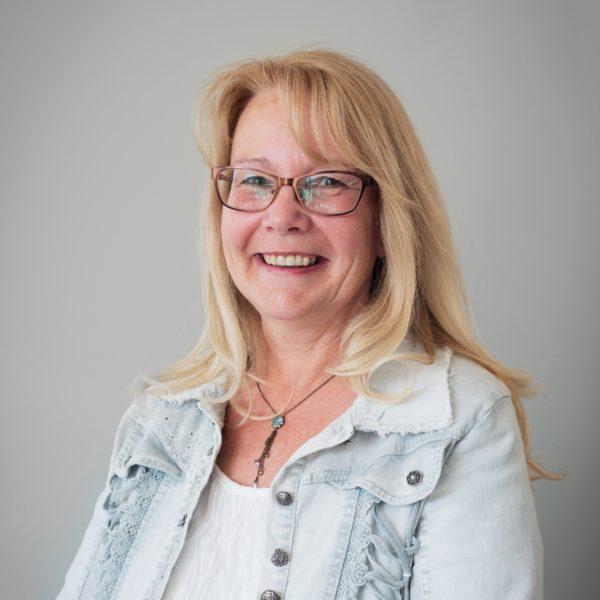 Anny Lausberg - Ödev denetimi koordinatörü